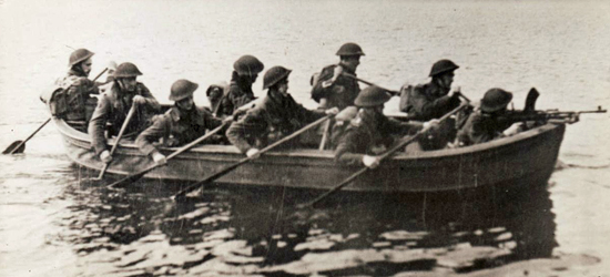 6 Troop 10 (IA) Commando boat training at Achnacarry 1942. Janek (John) Jedwab is steering.